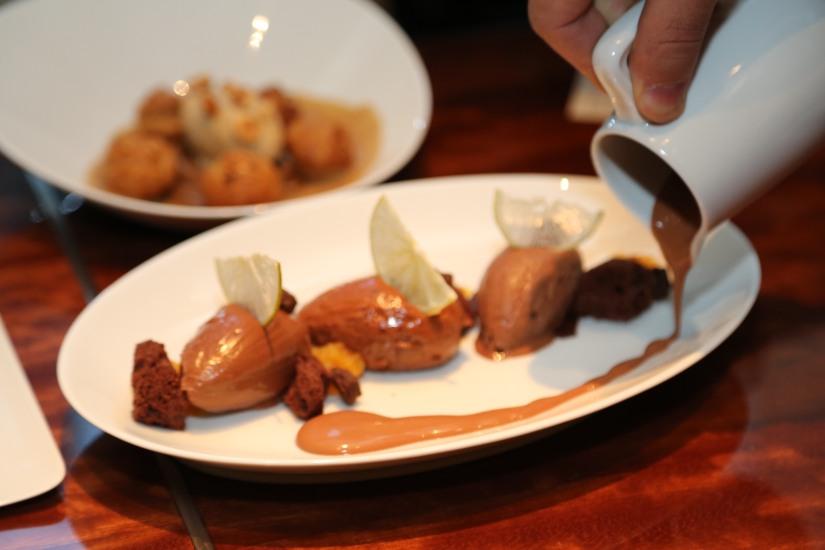 甜點有72_ 千層拿破侖Plentude , 由朱古力、焦糖做馅