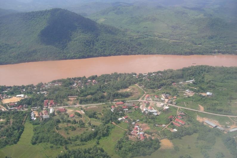橫亙黃泥水的湄公河旁, 就是這個Unesco的古城