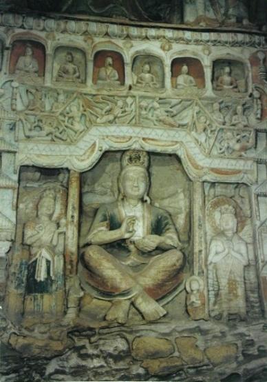 雲岡第6窟的交腳菩薩像